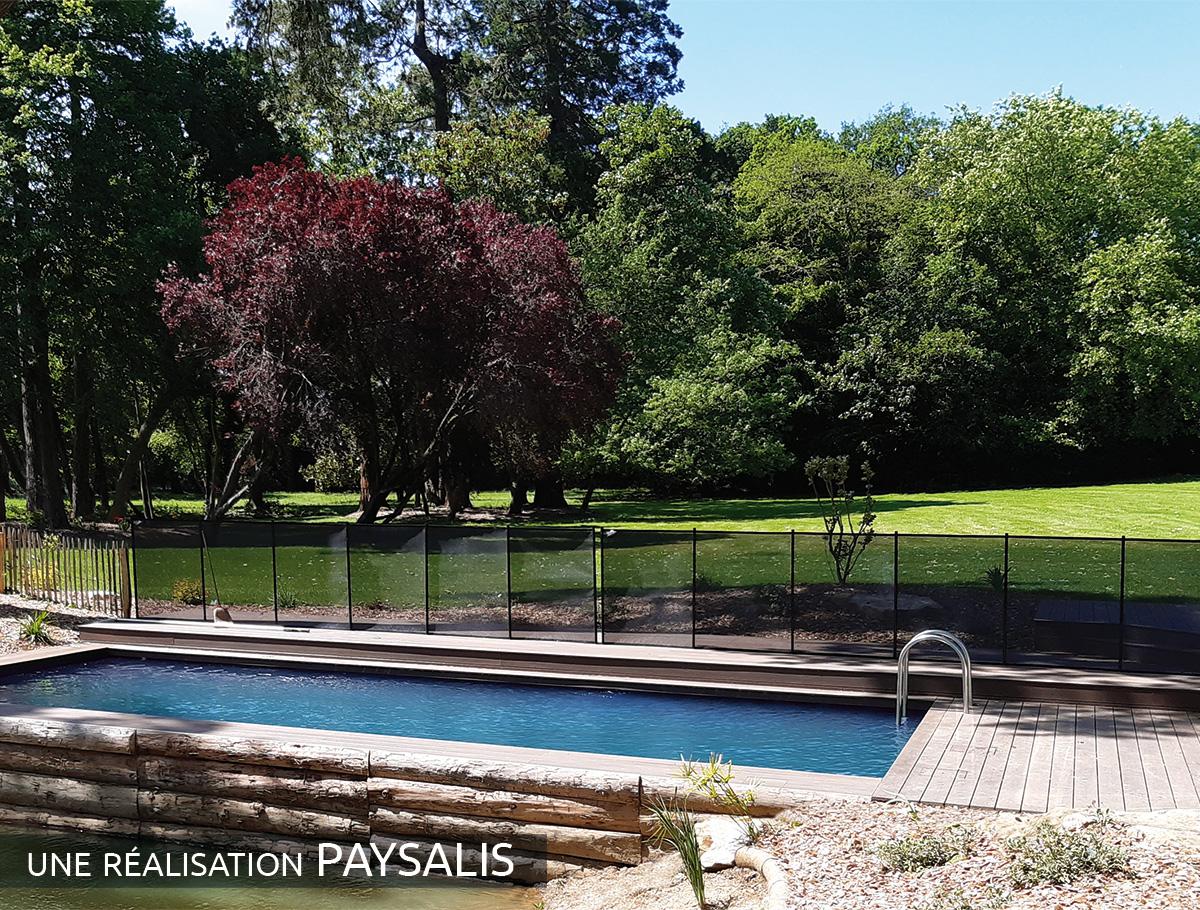 Intégration parfaite de la piscine naturelle - Vendée -